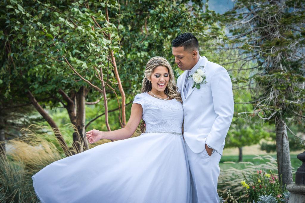 bride and groom formals le garden wedding venue sandy utah