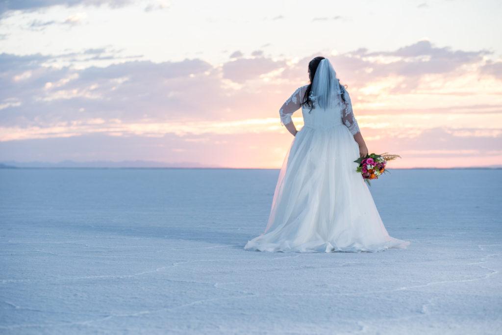 sunrise photo shoot bonneville salt flats